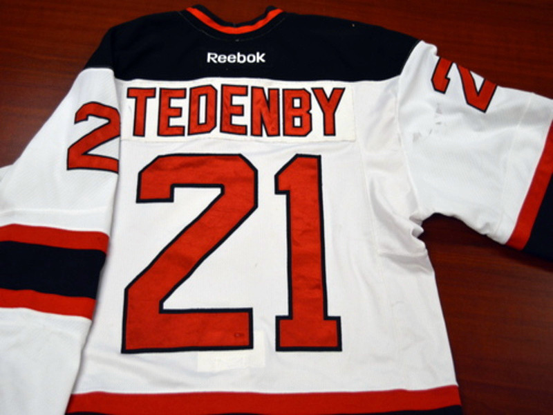 Game worn - #21 Mattias Tedenby (home)